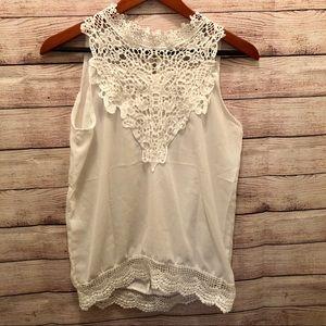 Tops - Gorgeous lace white sleeveless tank top medium